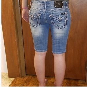 Miss Me Bermuda Shorts Size 27